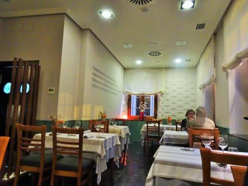 ¿Cómo evitar las mesas vacías en los restaurantes?