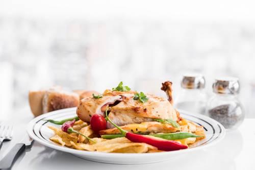 receta de Pechuga de pavo rellena de salchicha y champiñones