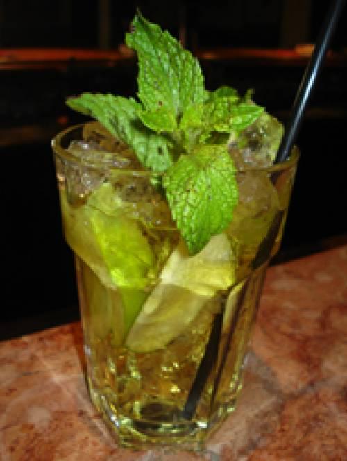 El cóctel del verano con manzana verde