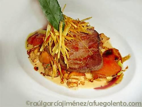 Solomillo de cerdo con salsa de granadas y Oporto | Carnes Frutas