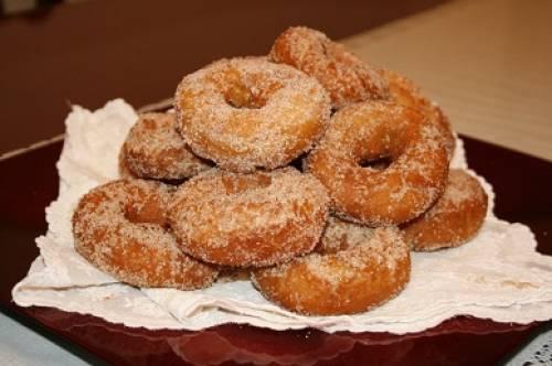 Las recetas Rosquillas, el dulce típico de Semana Santa en Andalucía