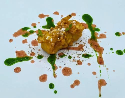 Leche Frita en Tempura Japonesa, Salsa de Fresas y Vinagre, Gel de Albahaca | Postres | Lácteos | Fritos y Rebozados | Frutas | Hierbas Aromáticas