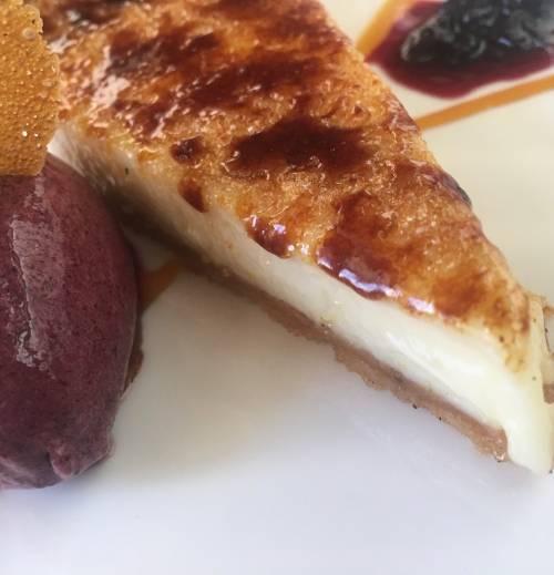 Tarta Cuatro Quesos | Tartas y Pies | Postres | Lácteos