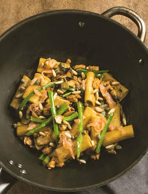 Macarrones con Salmón y Champiñones | Pasta | Pescados Azules | Setas Hongos
