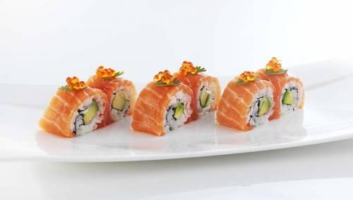 Sushi Maki Rolls de Salmón