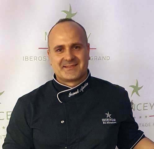 Cocinero Ionut Apolon Iberostar Grand Mirador del Duque Afuegolento