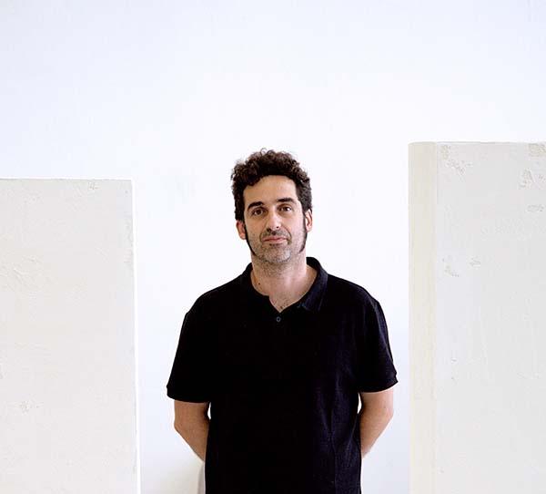 Juan Lopez Creador Artista Premio Arte Emergente Cerv Alhambra Afuegolento
