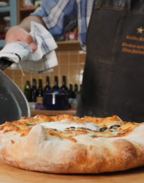 Receta Pizza Mi Estilo Bordes Rellenos Queso Koldo Royo Afuegolento P4