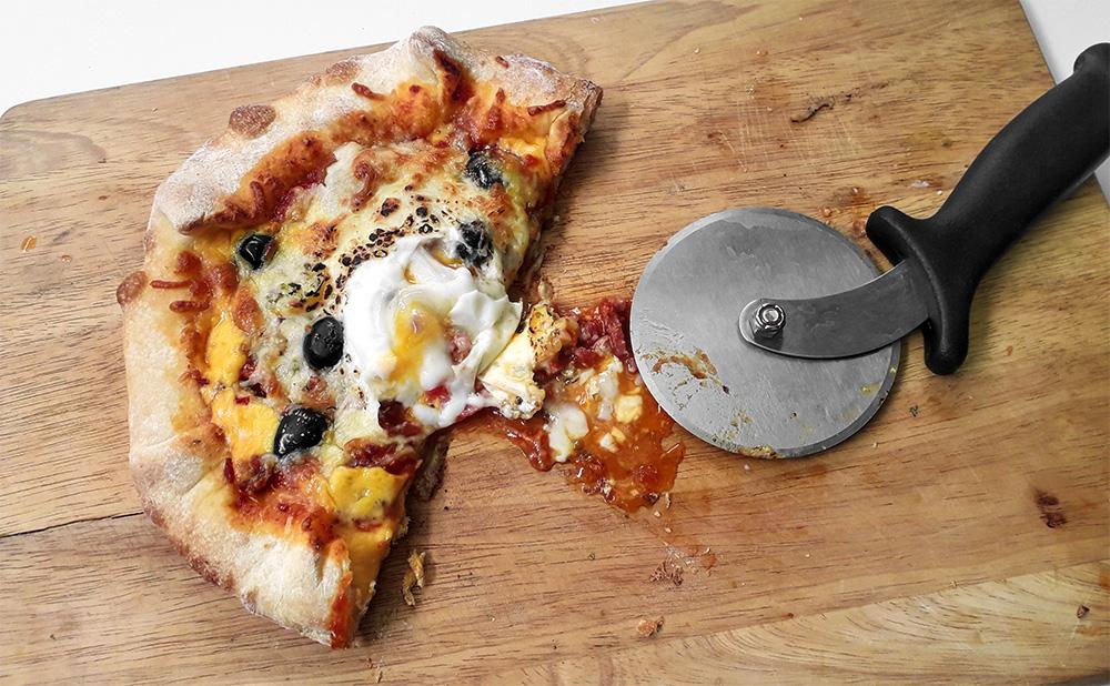 Receta Pizza Mi Estilo Bordes Rellenos Queso Koldo Royo Afuegolento P1