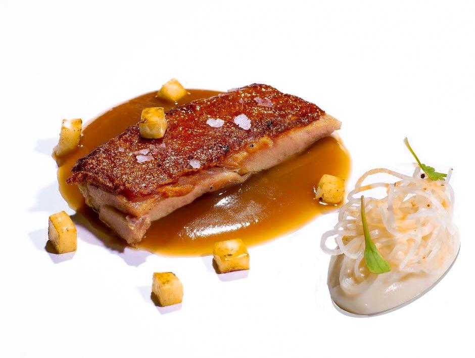 Receta Cochinillo Estilo Andino Apionabo Carolina Iñaki Ikaro Restaurante Afuegolento